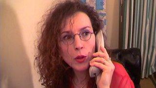 Education anale pour une femme à lunettes qui rêvait de se faire sodomiser