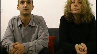 Cathelyne et nikos veulent juste s'amuser devant notre caméra