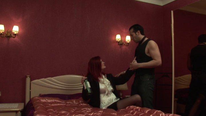 720x405 44 - Quand Max raccompagne une voisine chaudasse, ça se termine forcément en douche de sperme!