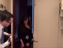 220x170 86 - Samia, une voisine très entreprenante, s'invite à poil chez Rico!