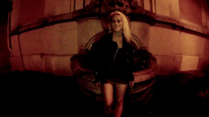 720x405 56 - Casting de Nicky, une jeune et jolie blonde croqueuse d'hommes!