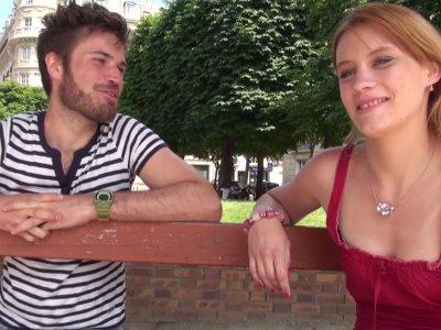 Anna, jolie parisienne rousse de 22ans est venue nous trouver en dehors de ses h