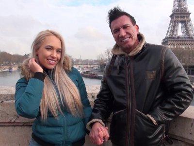 Quand deux pornstars se marient et viennent passer leur voyage de noces à Paris,