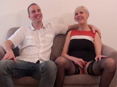 Un vrai couple amateur nous a contacté pour réaliser leur fantasme. Philippe veu
