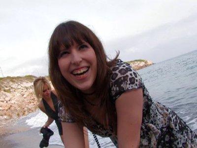Séance photo coquines en Espagne, dans un cadre plus qu'idyllique! On est en Esp