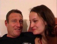 220x170 1 - Kate vient de République-Tchèque pour tourner une vidéo
