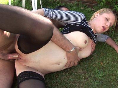 Après une bonne journée de boulot, Cindy Picardie aime se relaxer dans son jardi