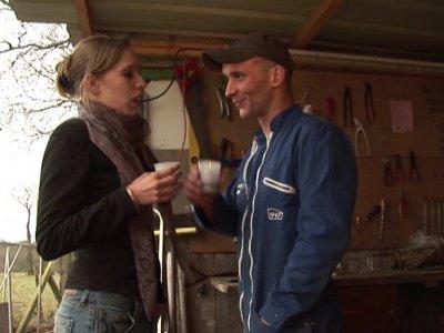Pas facile le boulot d'artisan quand il fait des températures glaciales... Heure