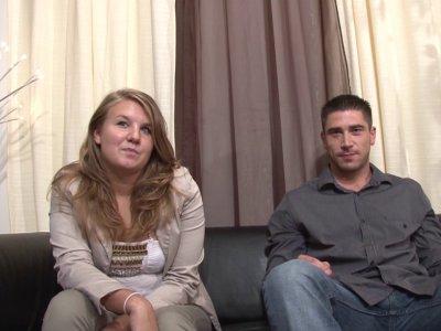 Samantha et Ludo, deux fans de sexe, sont venus nous rendre visite pour qu'on le