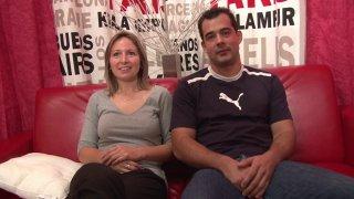 Anaïs et Loïc, qui sont en couple, partagent un même fantasme celui de se faire filmer...
