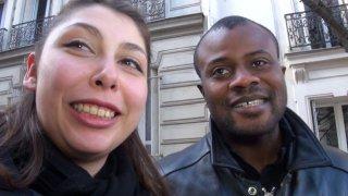 Couple libertin interracial nous offre sa première sodomie en vidéo