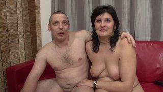 Premier porno pour ce couple belge libertin